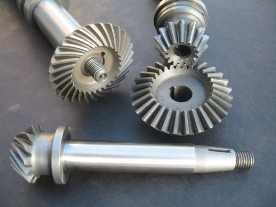 Camshaft Vertical Drive & Pinion Gears